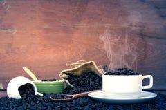 Fou dans l'amour avec du café Image libre de droits