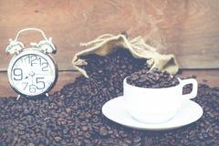 Fou dans l'amour avec du café Image stock