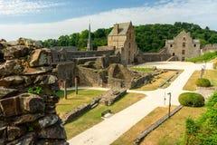 Fougeres-Schloss in Bretagne lizenzfreie stockfotografie