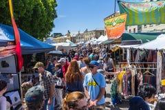 Foule au marché de Salamanque en 2015 image libre de droits