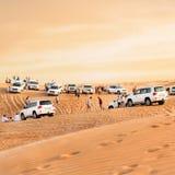 Foule dans le désert Images stock