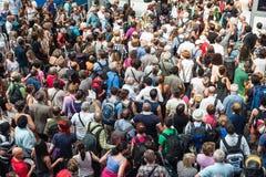 Foule de déplacement Photos libres de droits