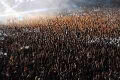 Foule de partie à un concert Photographie stock libre de droits