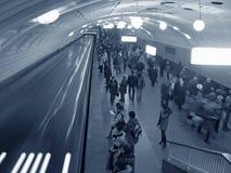 Foule de souterrain photographie stock libre de droits