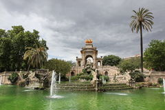 Fountain and cascade in park De la Ciutadella in Barcelona, Spai Royalty Free Stock Photos