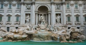 Fountain di Trevi en Roma, Italia 4k Hyperlapse metrajes