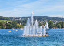 Fountain on Lake Zurich Royalty Free Stock Photos