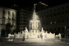 Holiday Naples picture,Fountain,neptune,naples,italy. Night view of the fountain of nettuno.town hall square. Naples.holiday Image Royalty Free Stock Photos