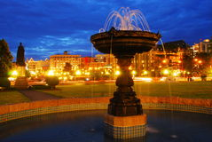 Fountain night scene Royalty Free Stock Photos
