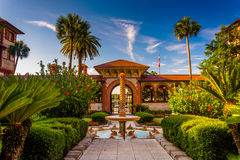Fountain and palm trees at Flagler College, St. Augustine, Flori Royalty Free Stock Photos