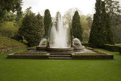 Fountain in the park Royalty Free Stock Photos