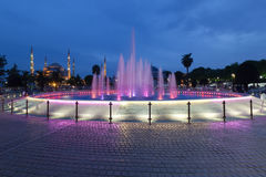 Fountain and the Sultanahmet Blue Mosque at night Stock Photo
