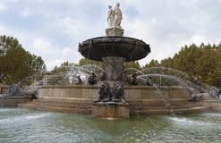 Fountaine de la Rotonde en Aix en Provence Francia foto de archivo