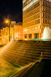 Fountains and buildings at night at Woodruff Park in downtown At Royalty Free Stock Photography