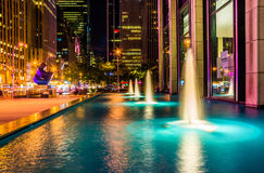 Fountains at night, in Rockefeller Center, Midtown Manhattan, Ne Royalty Free Stock Photography