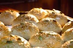 Four cuit au four de pain image libre de droits