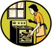 Four de paraboloïde de pâtisserie de pain de traitement au four de femme au foyer Image libre de droits