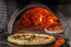 Four de pizza à Naples Image libre de droits