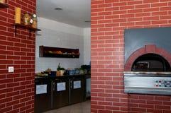 Four de pizza Photographie stock libre de droits