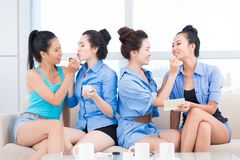 Helping in make-up Royalty Free Stock Image