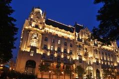 Four seasons at night. Night scene with Gresham Palace turned into Four Seasons hotel Stock Photos