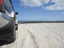 Four wheel drive on dune Royalty Free Stock Photos