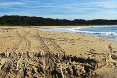 Free Four Wheel Drive Tyre Tracks On A Beach Stock Image - 116160121