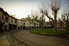 Fources is een originele ronde Bastide in het Ministerie van Gers, Frankrijk stock foto's