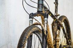 Fourchette sale de suspension de bicyclette Images libres de droits