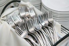 Fourchettes et plats Photos libres de droits