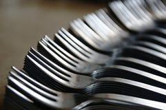 Fourchettes sur le comptoir de cuisine Photographie stock libre de droits