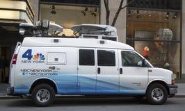 Fourgon de WNBC Channel 4 dans Midtown Manhattan Photo stock