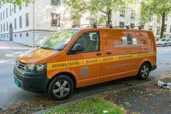 Fourgon orange Image stock