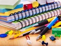 Fournitures de bureau d'école. Photographie stock libre de droits