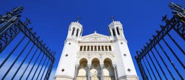 Fourviere basilika i Lyon Arkivfoton