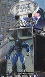 Fox体育播放了在时代广场的集合在超级杯XLVIII星期期间在曼哈顿 免版税库存图片