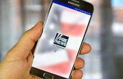 Fox News app på Samsung S7 Arkivbilder