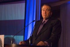 Fox News-Persoonlijkheidsgouverneur Mike Huckabee stock fotografie