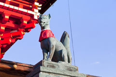 Fox statue in the Fushimi Inari Shrine Royalty Free Stock Image