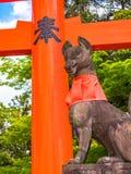 Fox-Statuenstein bei Fushimi Inari Kyoto, Japan Lizenzfreie Stockfotografie