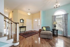 Foyer et salle de séjour photo stock
