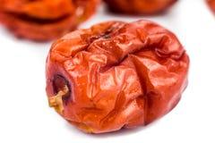 Foyer haut et sélectif de fin les dates rouges chinoises sèches au premier plan Photographie stock