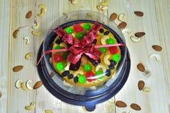 Foyer sélectif, gâteau de beurre sur le bois Images stock