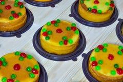 Foyer sélectif, gâteau de beurre sur le bois Photos libres de droits