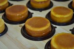 Foyer sélectif, gâteau de beurre sur le bois Images libres de droits