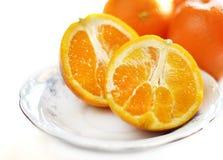 Foyer sélectif principal élevé découpé en tranches d'oranges images libres de droits