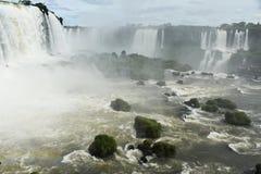 Foz de Iguaçu, é um dos marcos naturais os mais espetaculares no mundo imagem de stock