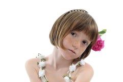 fräknig flickastående arkivbild