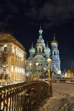 Frälsare för nattvinterkyrka på blod i St Petersburg Fotografering för Bildbyråer