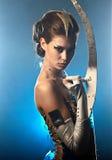 främmande skönhetkvinna Arkivfoto